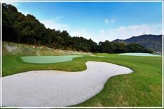 岡山県倉敷市の「ひろえの森」ゴルフ練習場 アプローチ練習場を完備しています